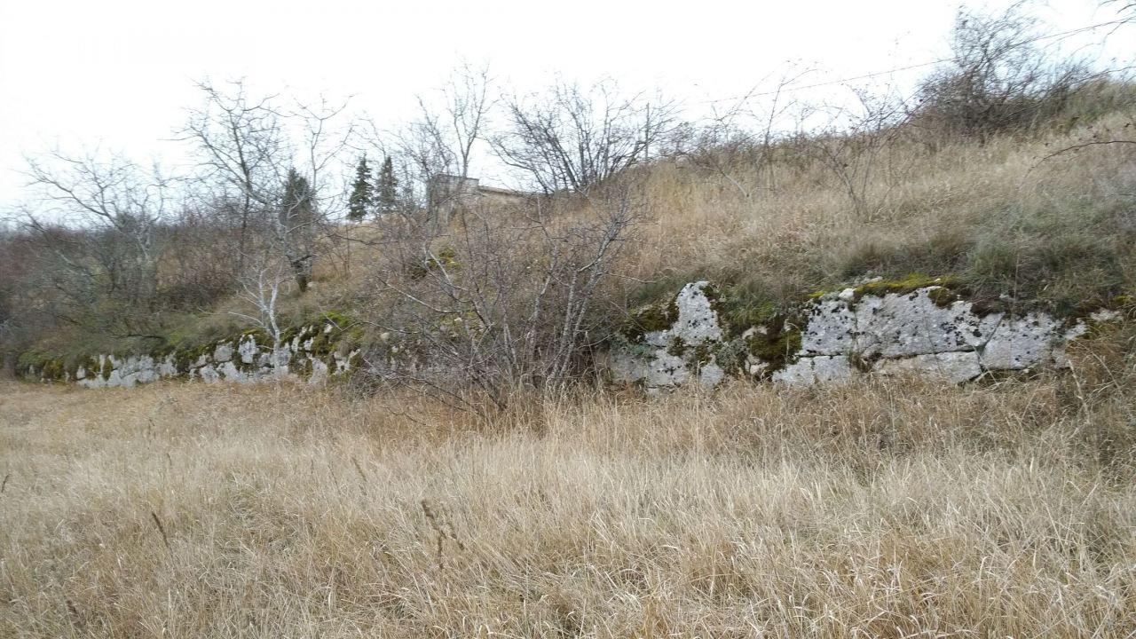 Alba-Fucens-Mura-Poligonali-Megalitiche-Albe-L-Aquila-Abruzzo-Italia-28
