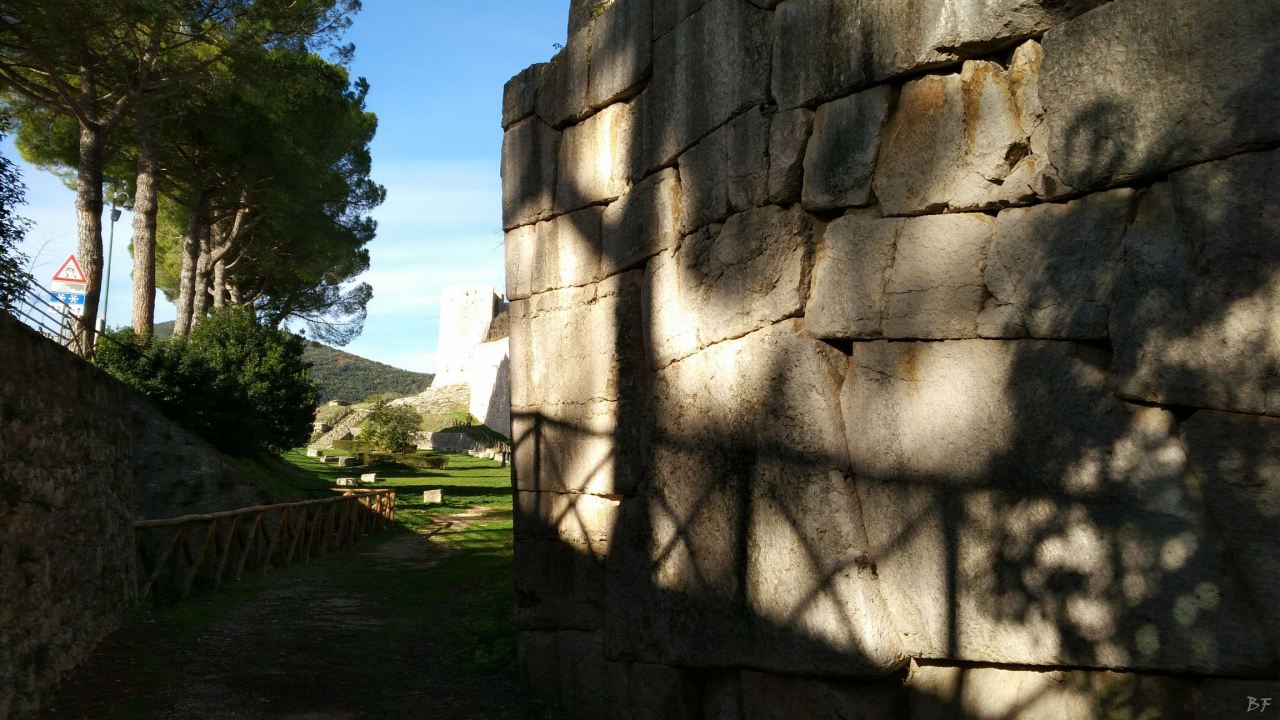 Ameria-Mura-Poligonali-Megalitiche-Amelia-Terni-Umbria-Italia-9