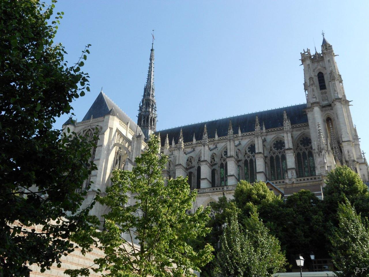 Cattedrale-Gotica-della-Vergine-di-Amiens-Somme-Hauts-de-France-11
