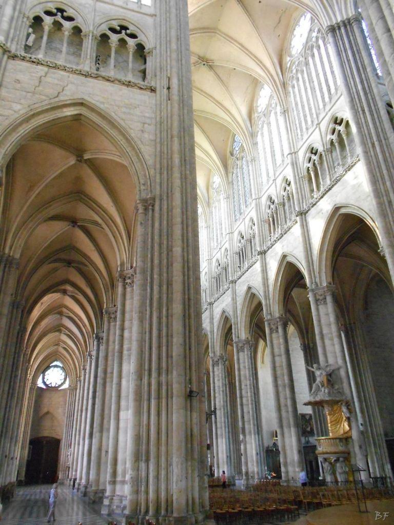 Cattedrale-Gotica-della-Vergine-di-Amiens-Somme-Hauts-de-France-14