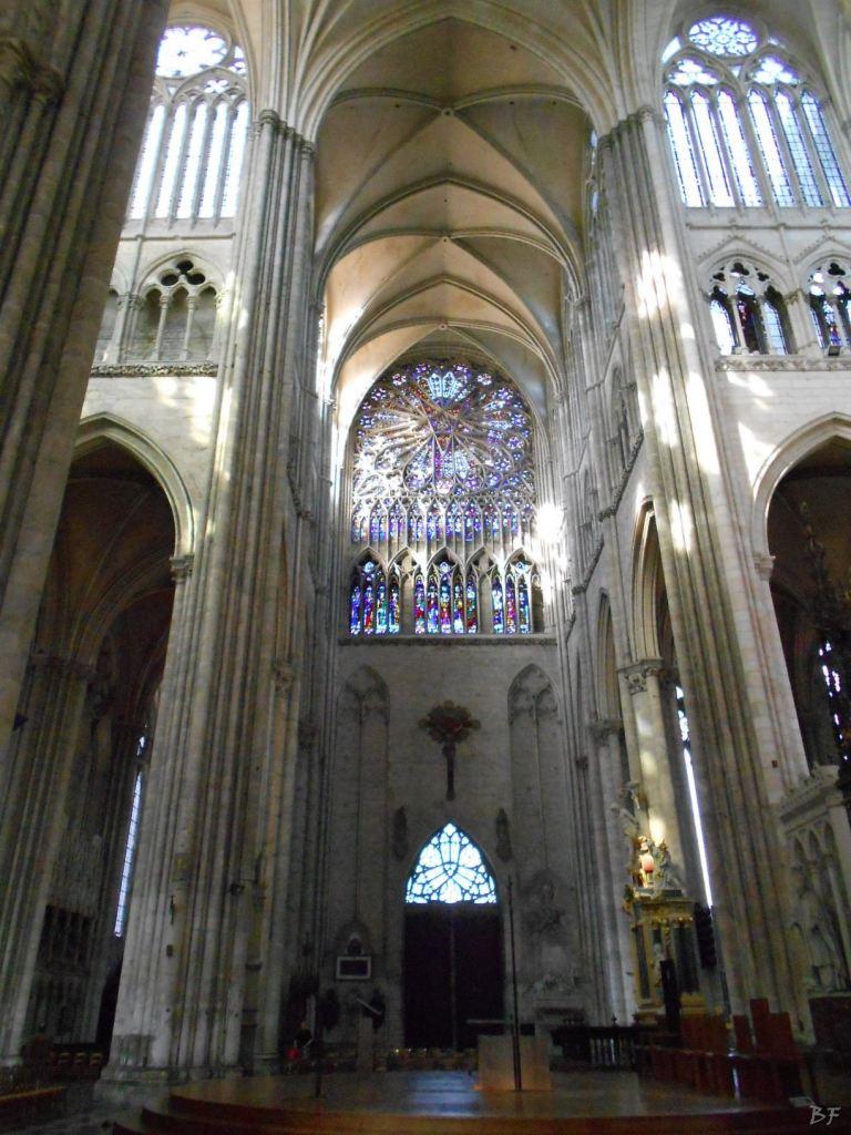 Cattedrale-Gotica-della-Vergine-di-Amiens-Somme-Hauts-de-France-16