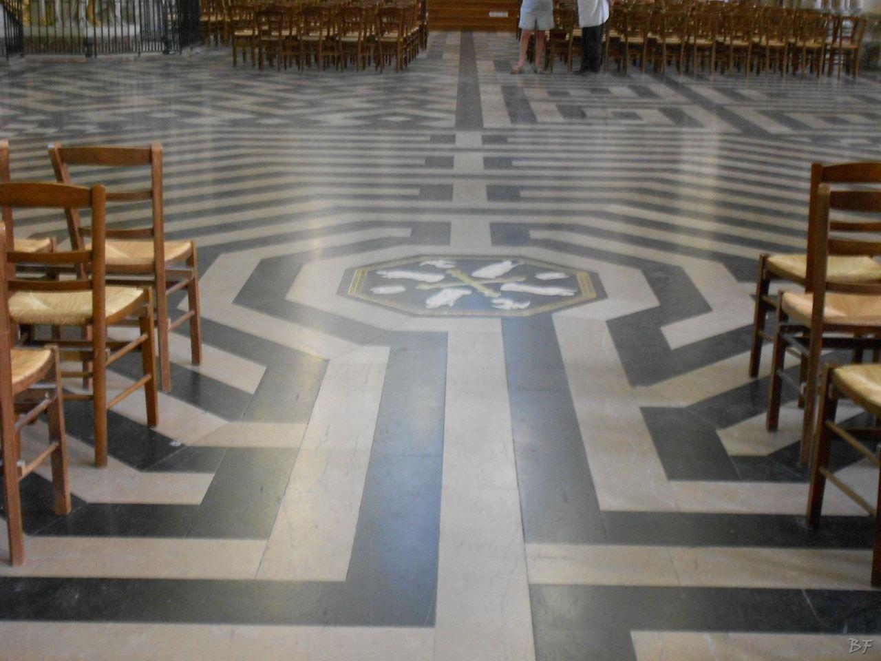 Cattedrale-Gotica-della-Vergine-di-Amiens-Somme-Hauts-de-France-17