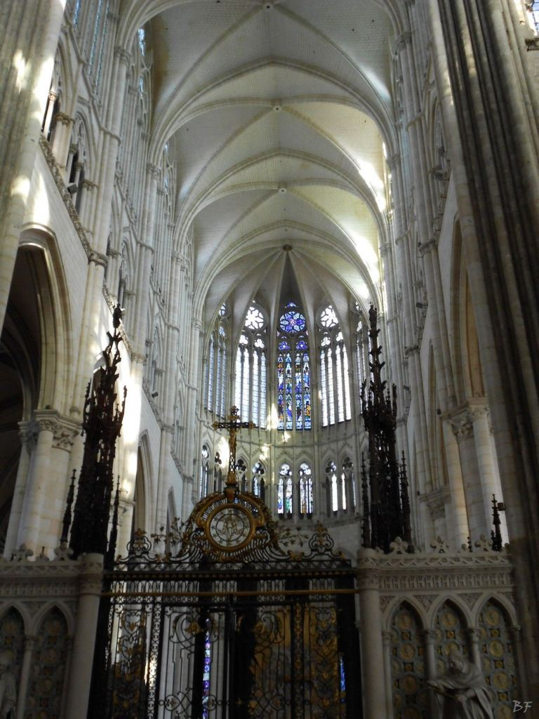 Cattedrale-Gotica-della-Vergine-di-Amiens-Somme-Hauts-de-France-24