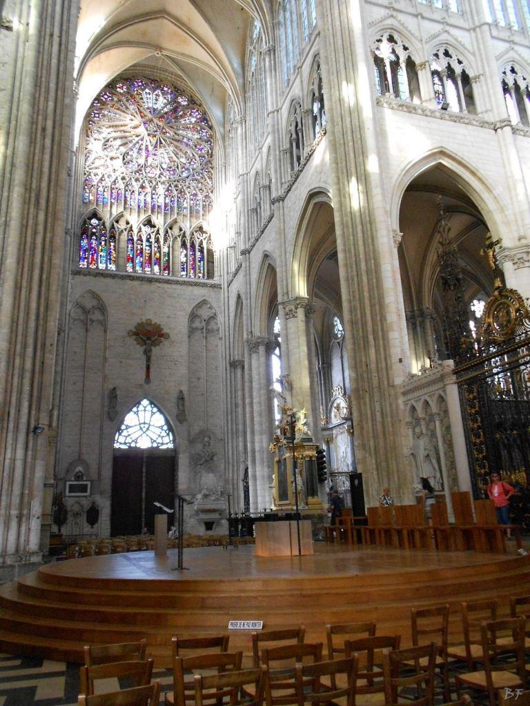 Cattedrale-Gotica-della-Vergine-di-Amiens-Somme-Hauts-de-France-25
