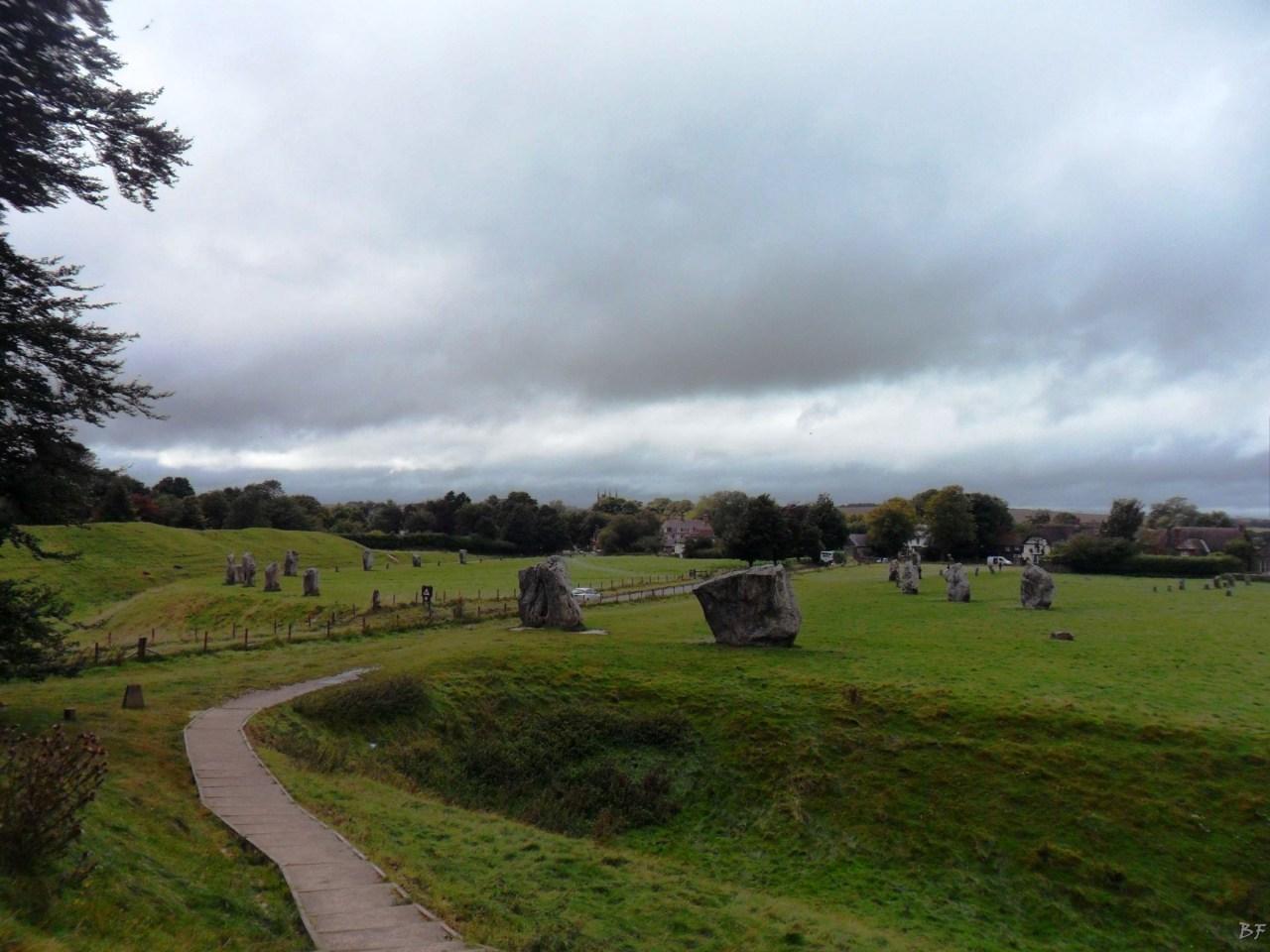 Avebury-Cromlech-Menhir-Megaliti-Wiltshire-Inghilterra-Gran-Bretagna-4