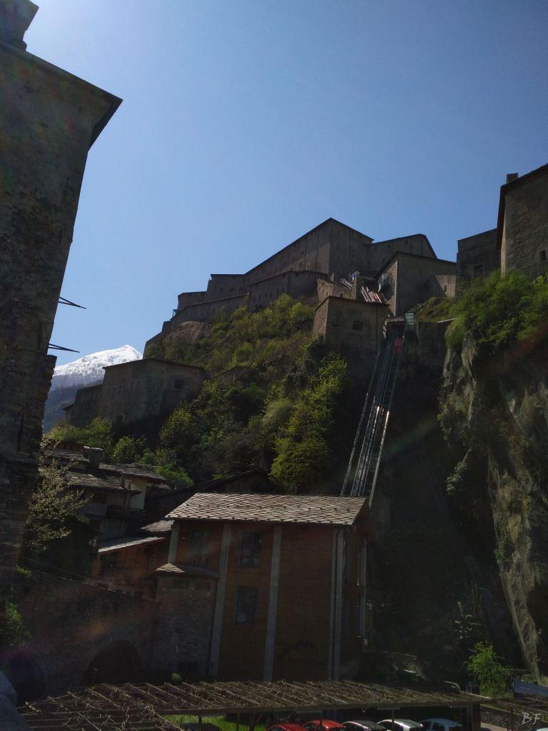 Altare-Coppelle-Bard-Valle-Aosta-Italia-7