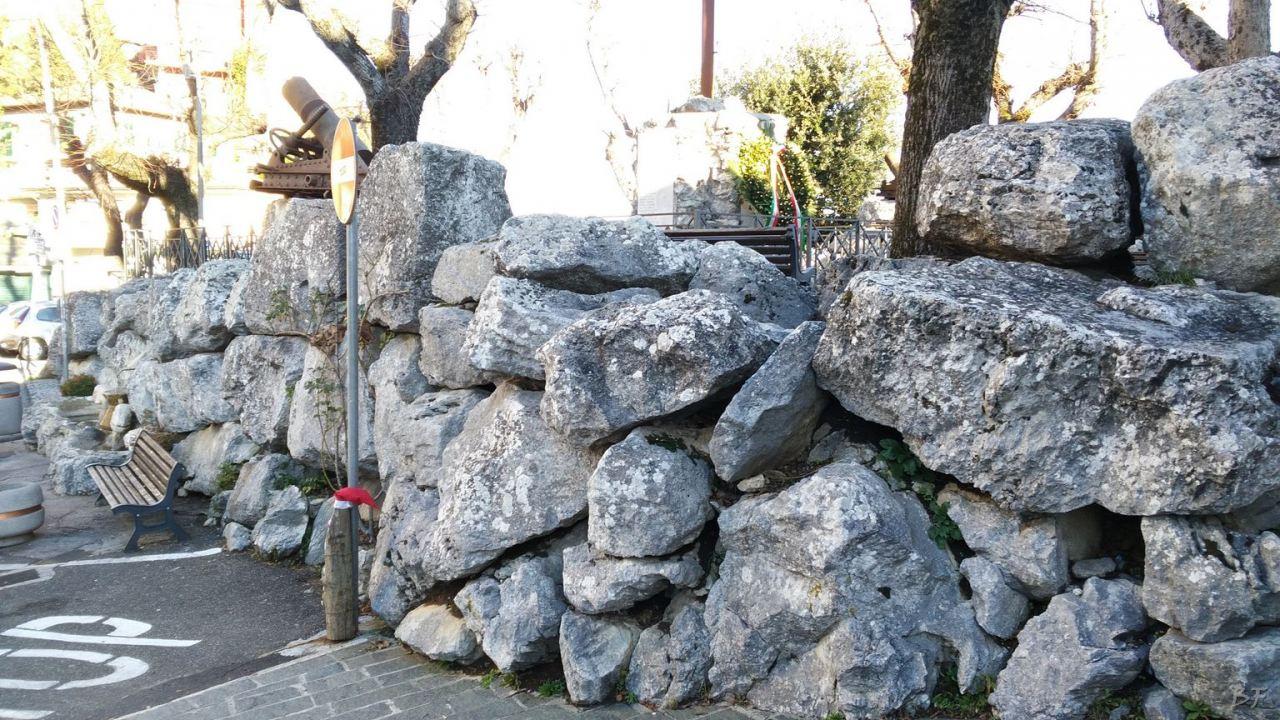 Bellegra-Mura-Megalitiche-Roma-Lazio-Italia-7