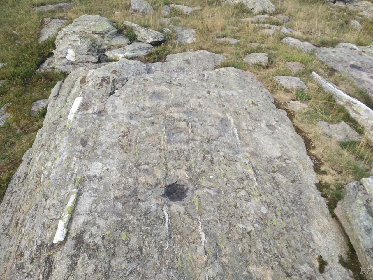 Bric-Lombatera-Cuneo-Altare-Coppelle-Cromlech-4