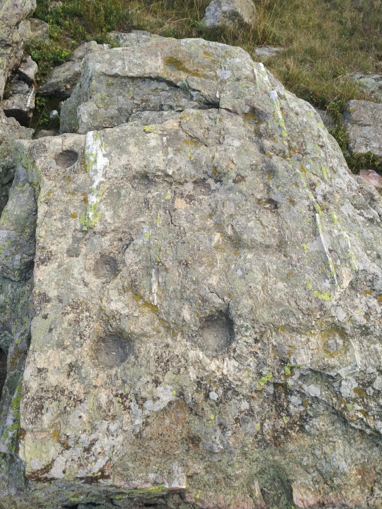 Bric-Lombatera-Cuneo-Altare-Coppelle-Cromlech-9