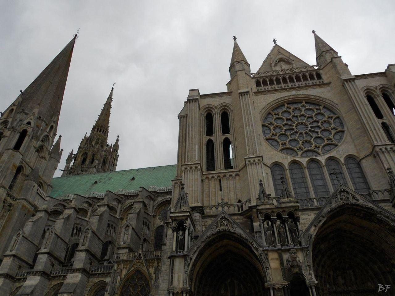 Cattedrale-Gotica-della-Vergine-Chartres-Eure-et-Loir-Centre-Val-de-Loire-Francia-10