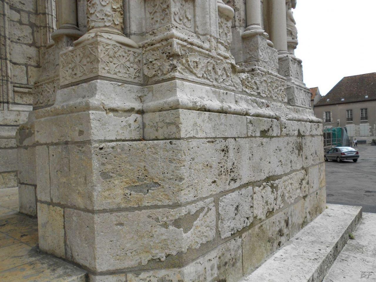 Cattedrale-Gotica-della-Vergine-Chartres-Eure-et-Loir-Centre-Val-de-Loire-Francia-3