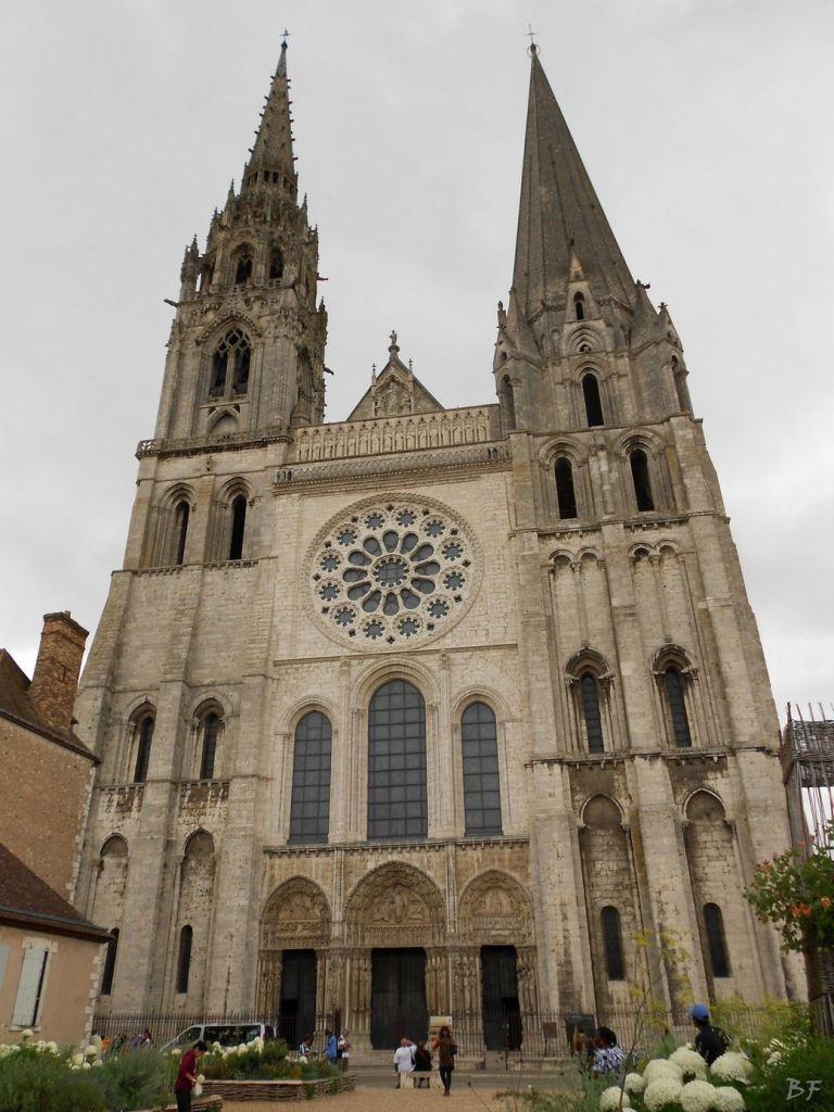 Cattedrale-Gotica-della-Vergine-Chartres-Eure-et-Loir-Centre-Val-de-Loire-Francia-7
