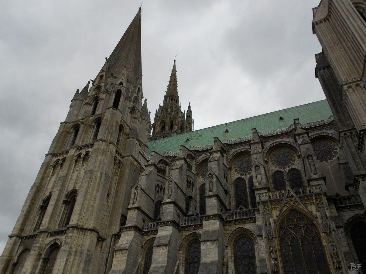 Cattedrale-Gotica-della-Vergine-Chartres-Eure-et-Loir-Centre-Val-de-Loire-Francia-8