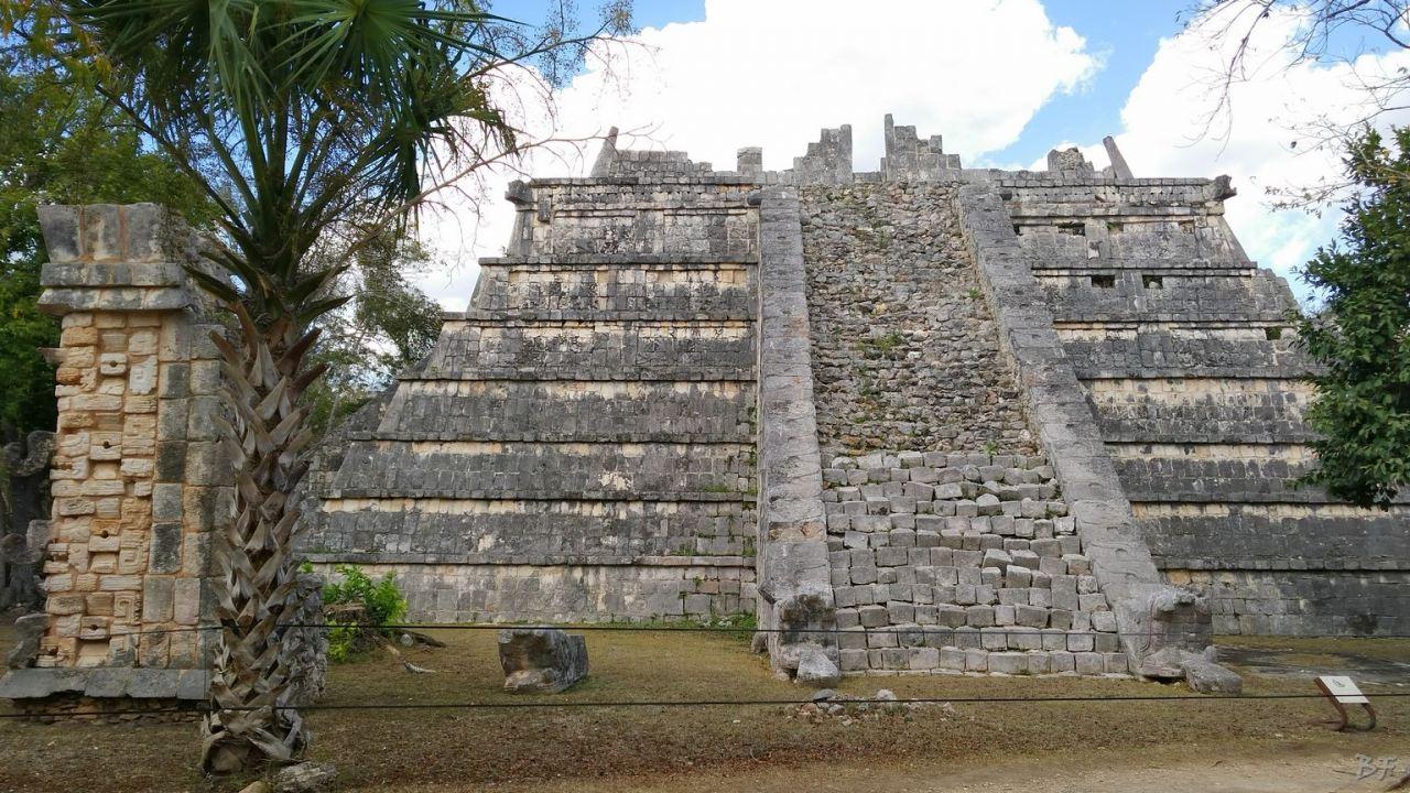 Sito-Megalitico-Maya-Chichen-Itza-Yucatan-Messico-20