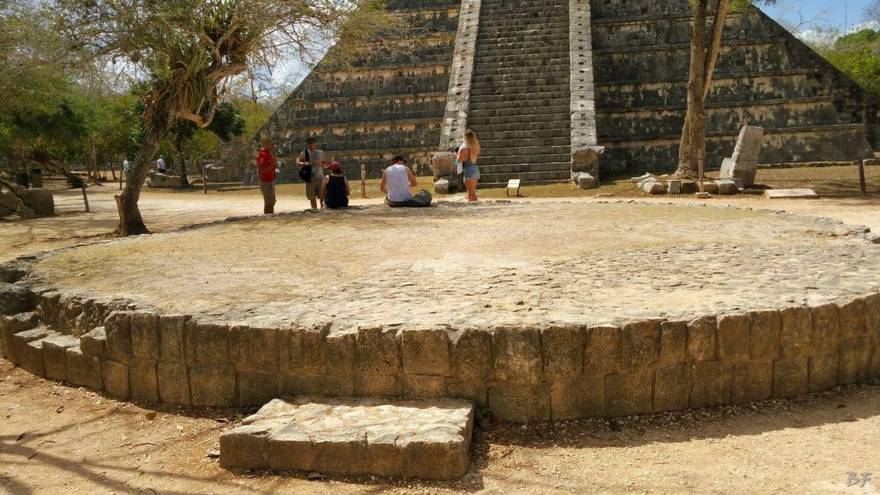 Sito-Megalitico-Maya-Chichen-Itza-Yucatan-Messico-22