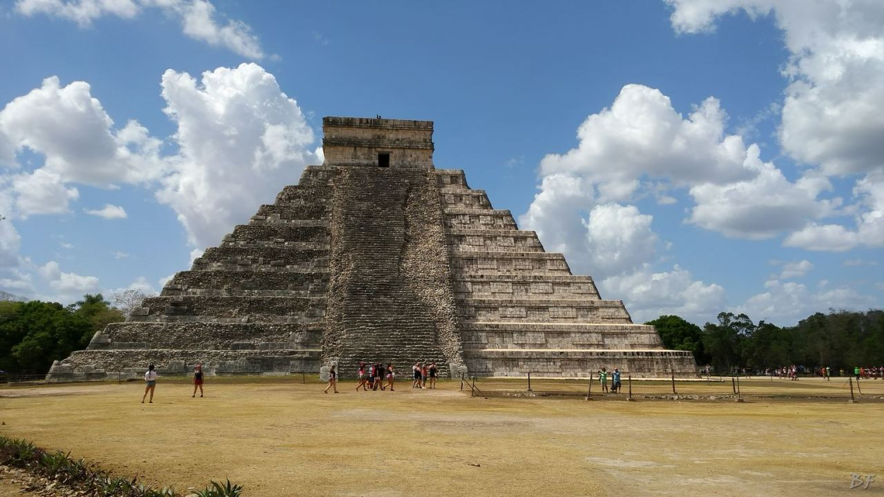 Sito-Megalitico-Maya-Chichen-Itza-Yucatan-Messico-31