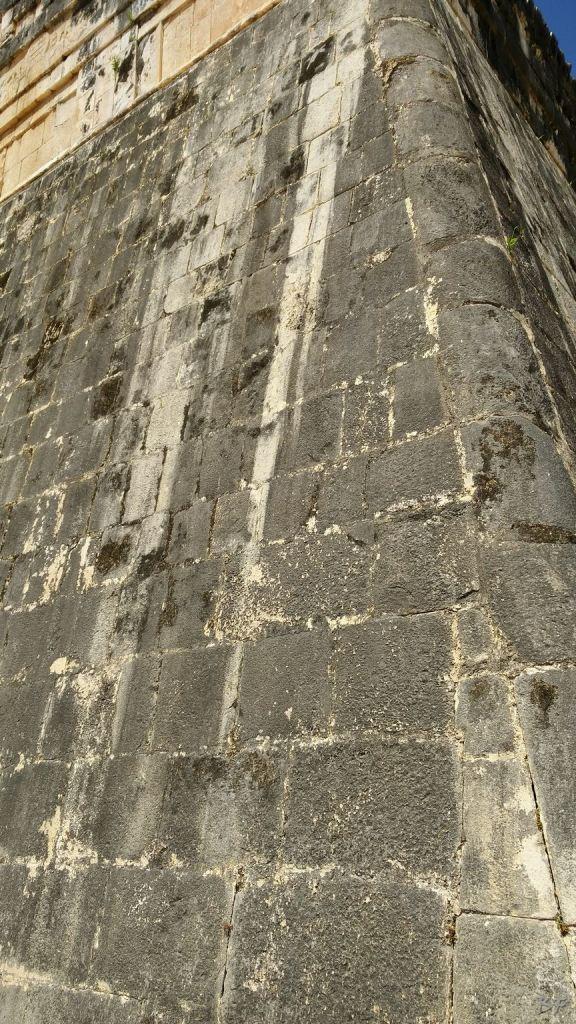 Sito-Megalitico-Maya-Chichen-Itza-Yucatan-Messico-43