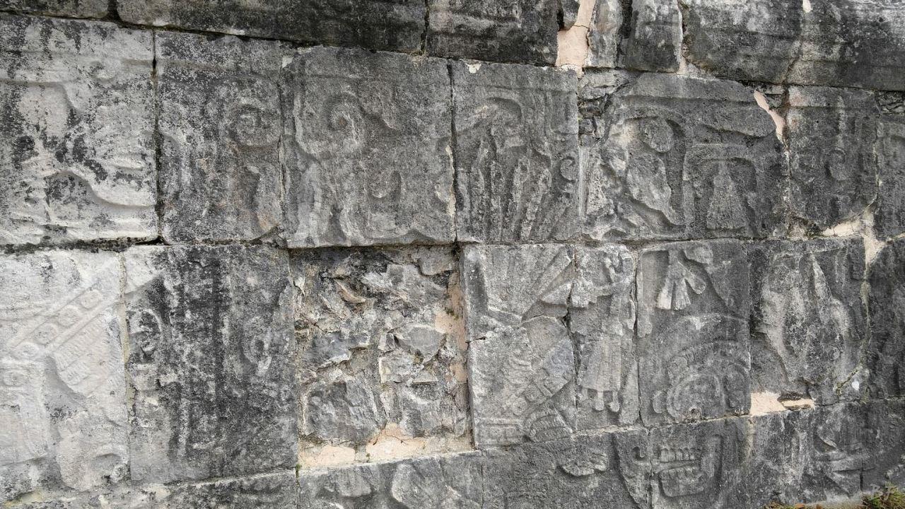 Sito-Megalitico-Maya-Chichen-Itza-Yucatan-Messico-50