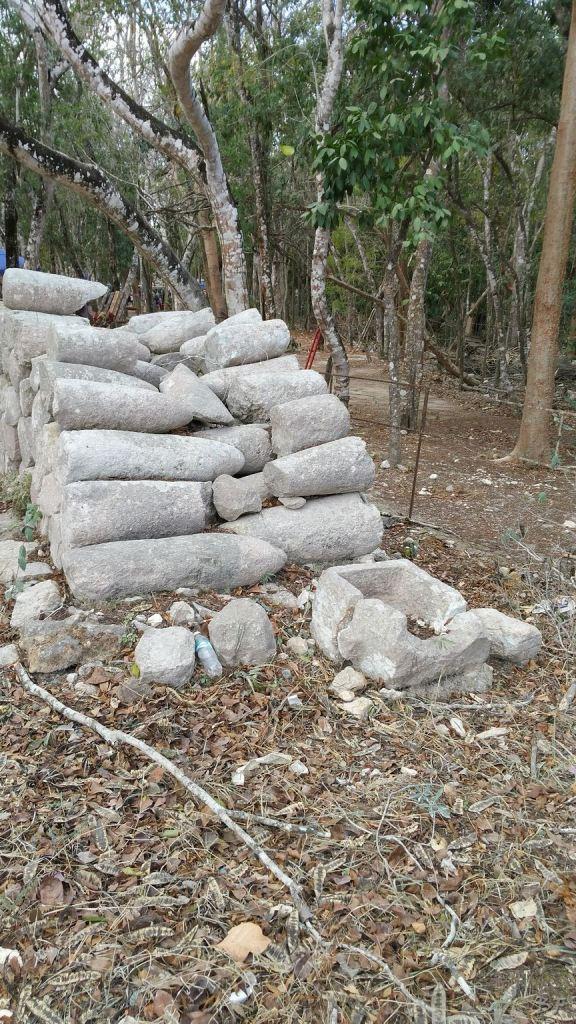 Sito-Megalitico-Maya-Chichen-Itza-Yucatan-Messico-68