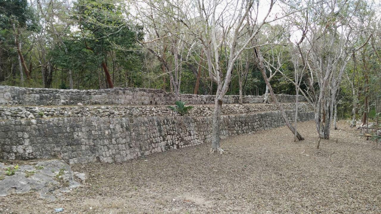 Sito-Megalitico-Maya-Chichen-Itza-Yucatan-Messico-70