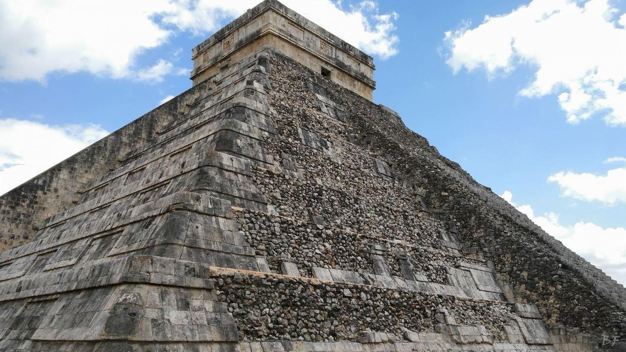 Sito-Megalitico-Maya-Chichen-Itza-Yucatan-Messico-91