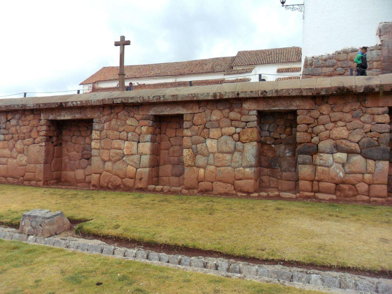 Chinchero-Mura-Poligonali-Piramide-Urubamba-Peru-18