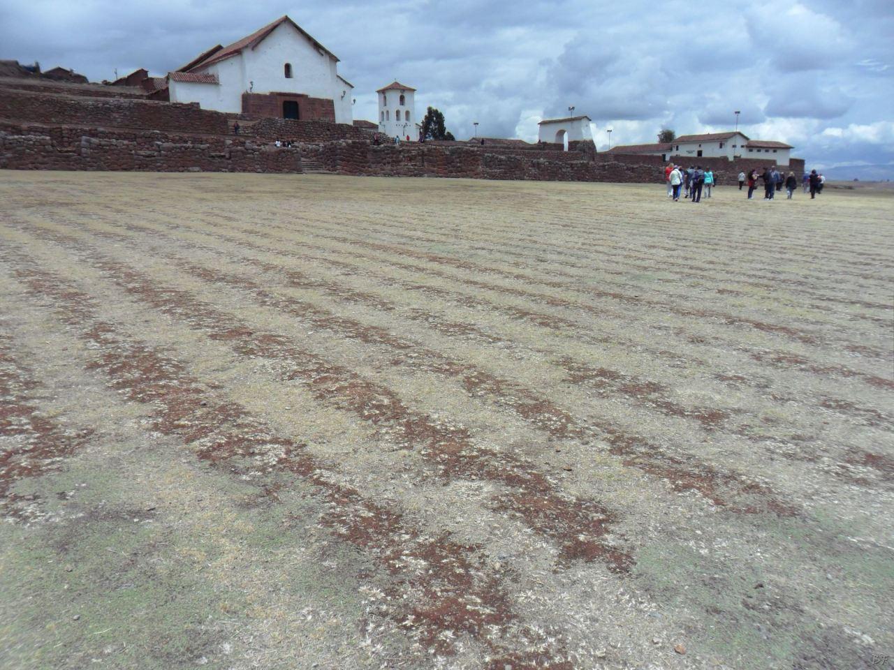 Chinchero-Mura-Poligonali-Piramide-Urubamba-Peru-2