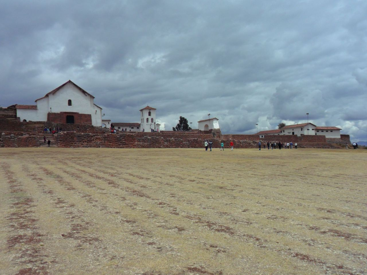 Chinchero-Mura-Poligonali-Piramide-Urubamba-Peru-3