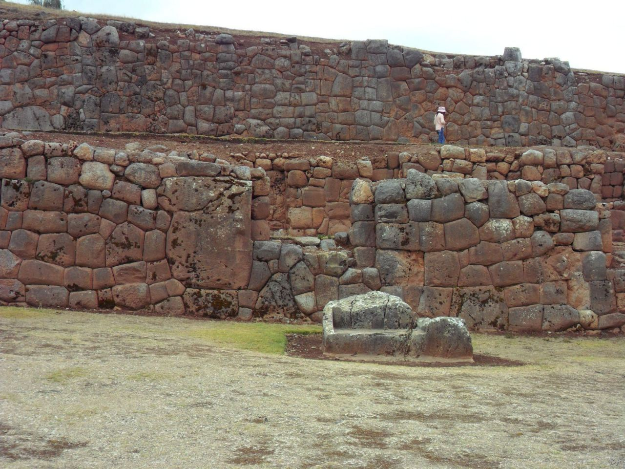 Chinchero-Mura-Poligonali-Piramide-Urubamba-Peru-35