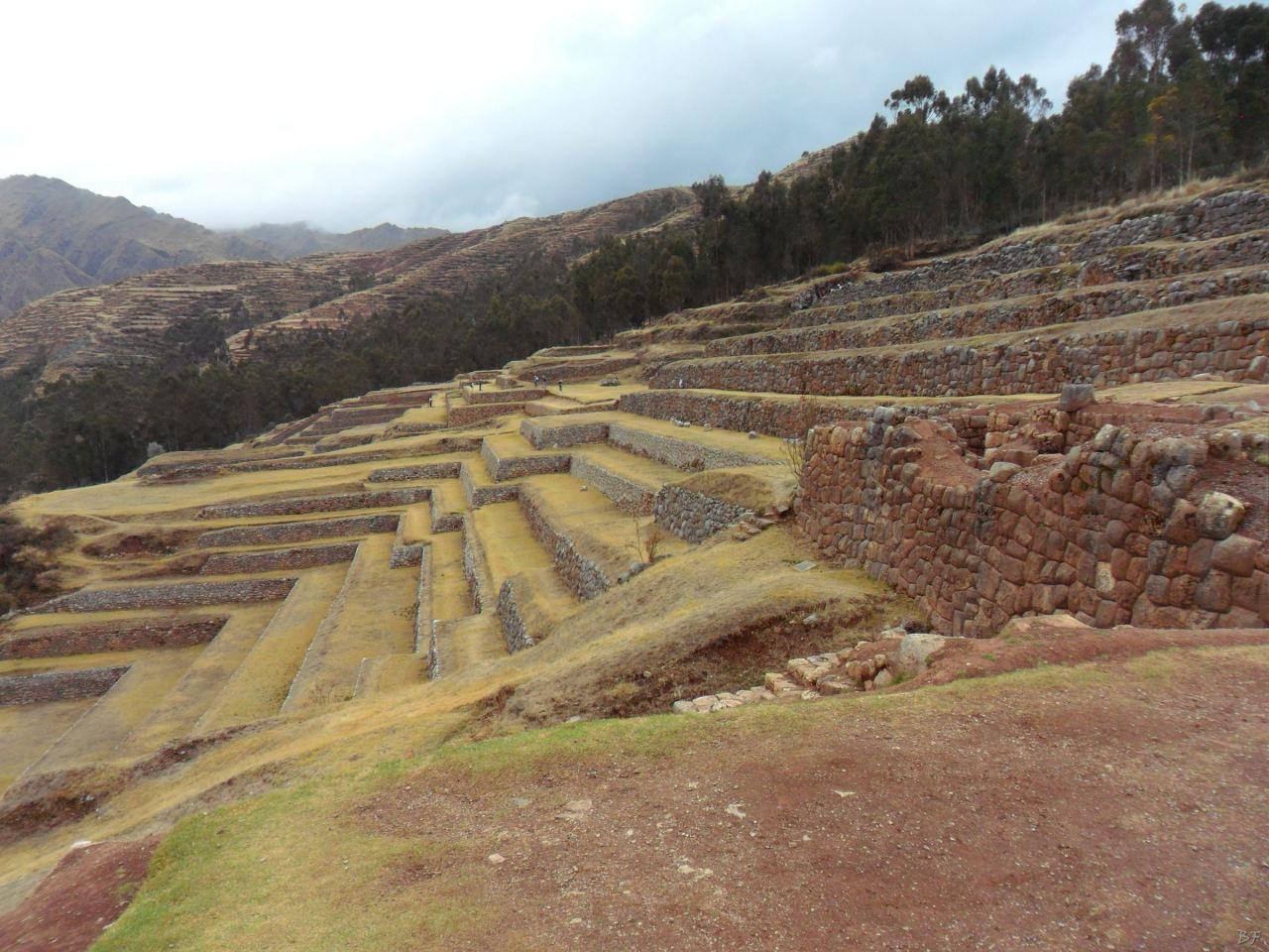 Chinchero-Mura-Poligonali-Piramide-Urubamba-Peru-40