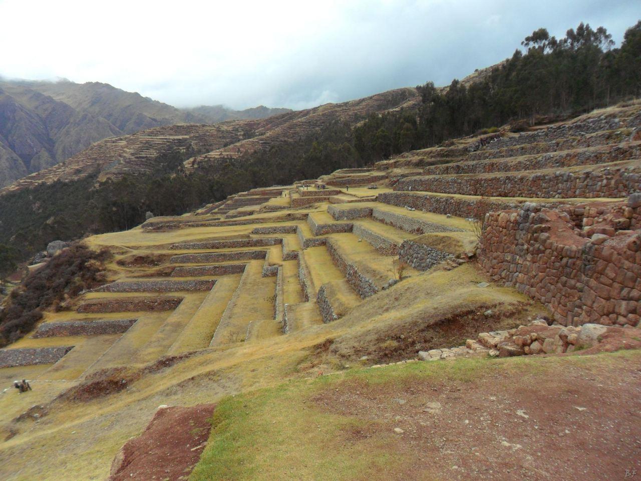Chinchero-Mura-Poligonali-Piramide-Urubamba-Peru-41