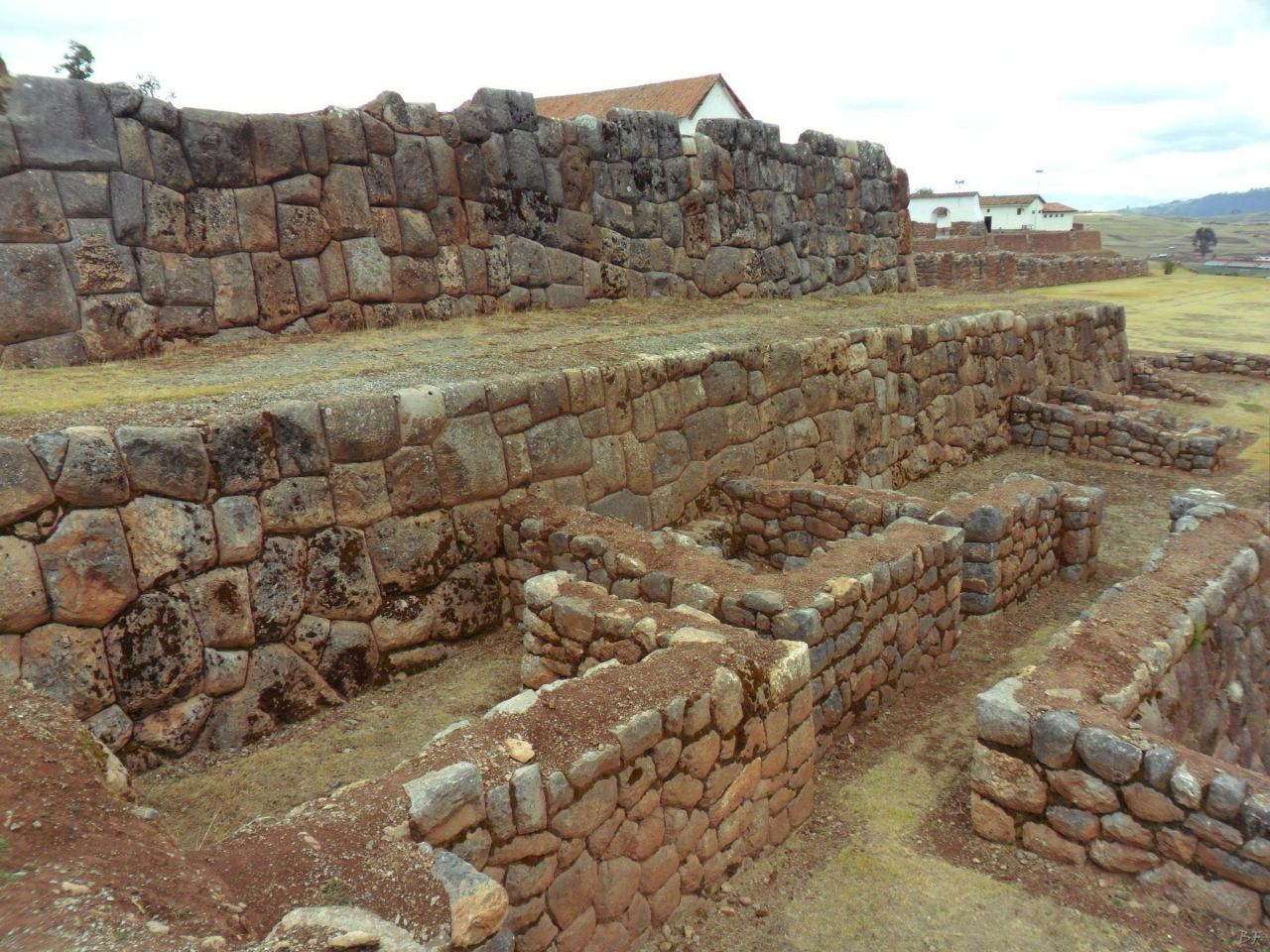 Chinchero-Mura-Poligonali-Piramide-Urubamba-Peru-42