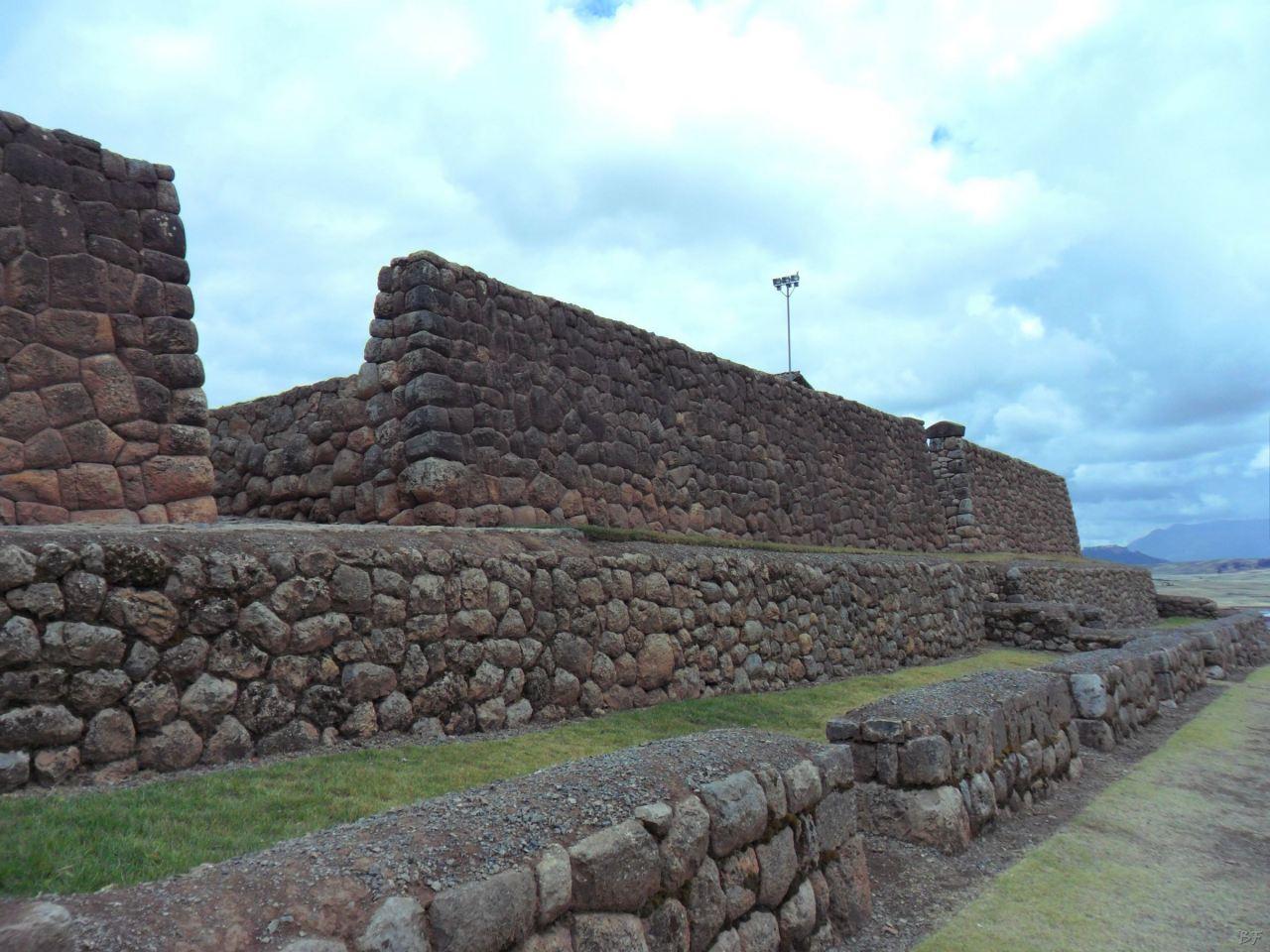 Chinchero-Mura-Poligonali-Piramide-Urubamba-Peru-5