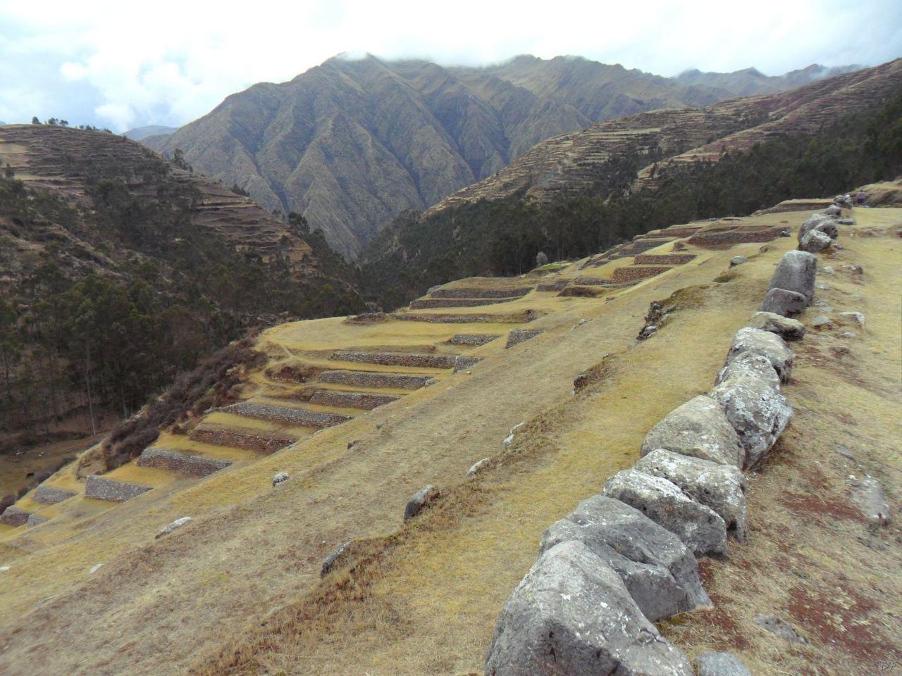 Chinchero-Mura-Poligonali-Piramide-Urubamba-Peru-50