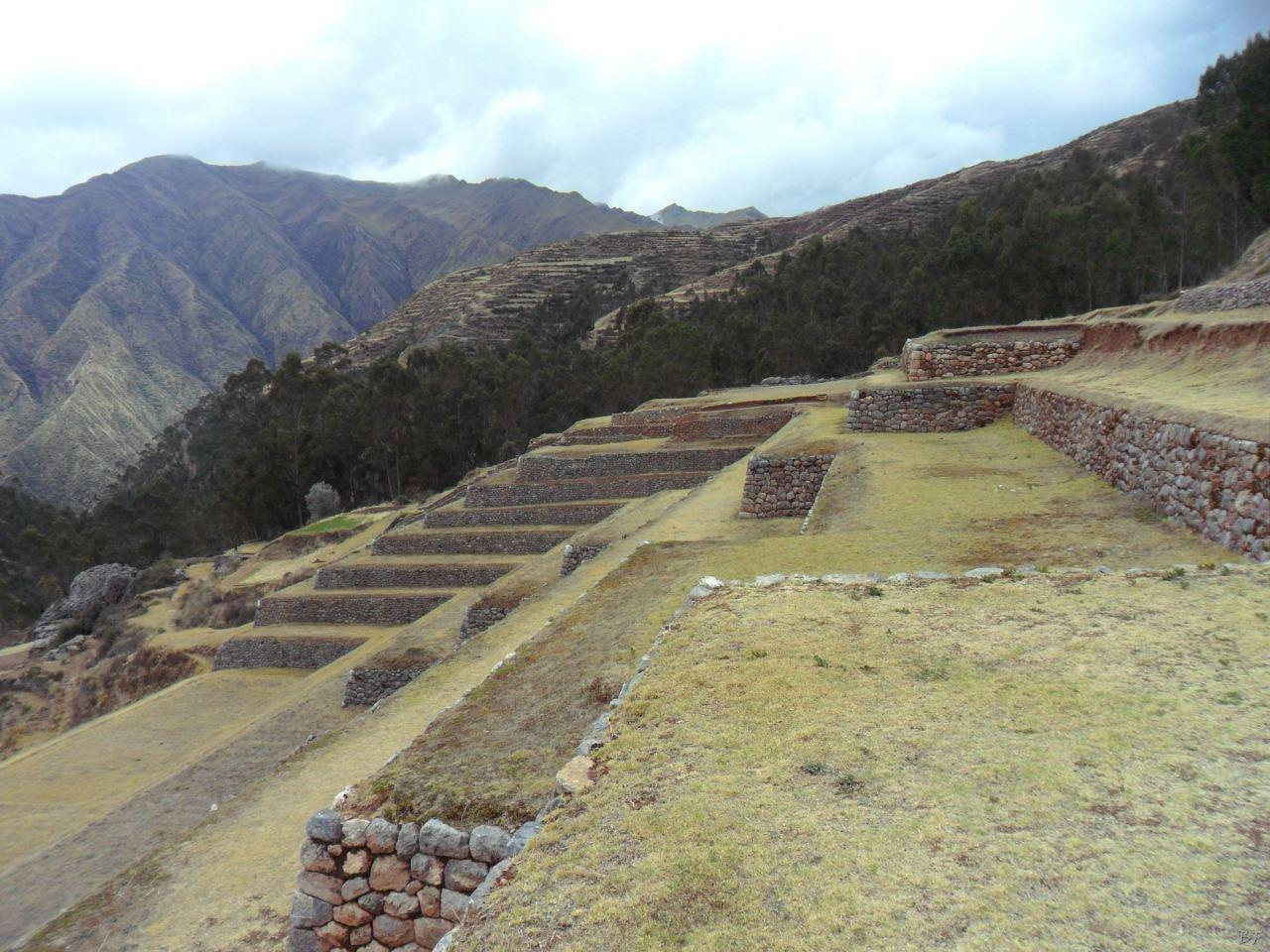 Chinchero-Mura-Poligonali-Piramide-Urubamba-Peru-55