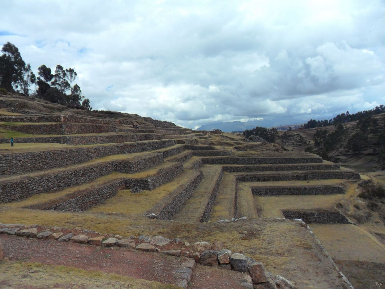Chinchero-Mura-Poligonali-Piramide-Urubamba-Peru-63