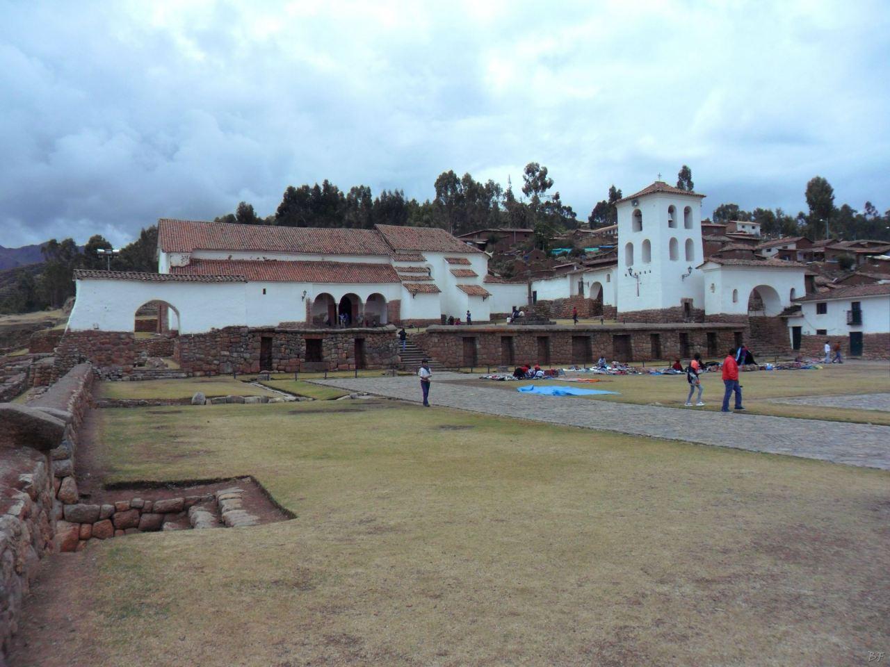 Chinchero-Mura-Poligonali-Piramide-Urubamba-Peru-7