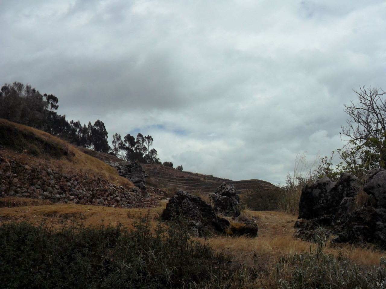 Chinchero-Mura-Poligonali-Piramide-Urubamba-Peru-73