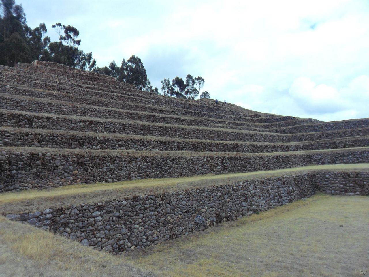 Chinchero-Mura-Poligonali-Piramide-Urubamba-Peru-76