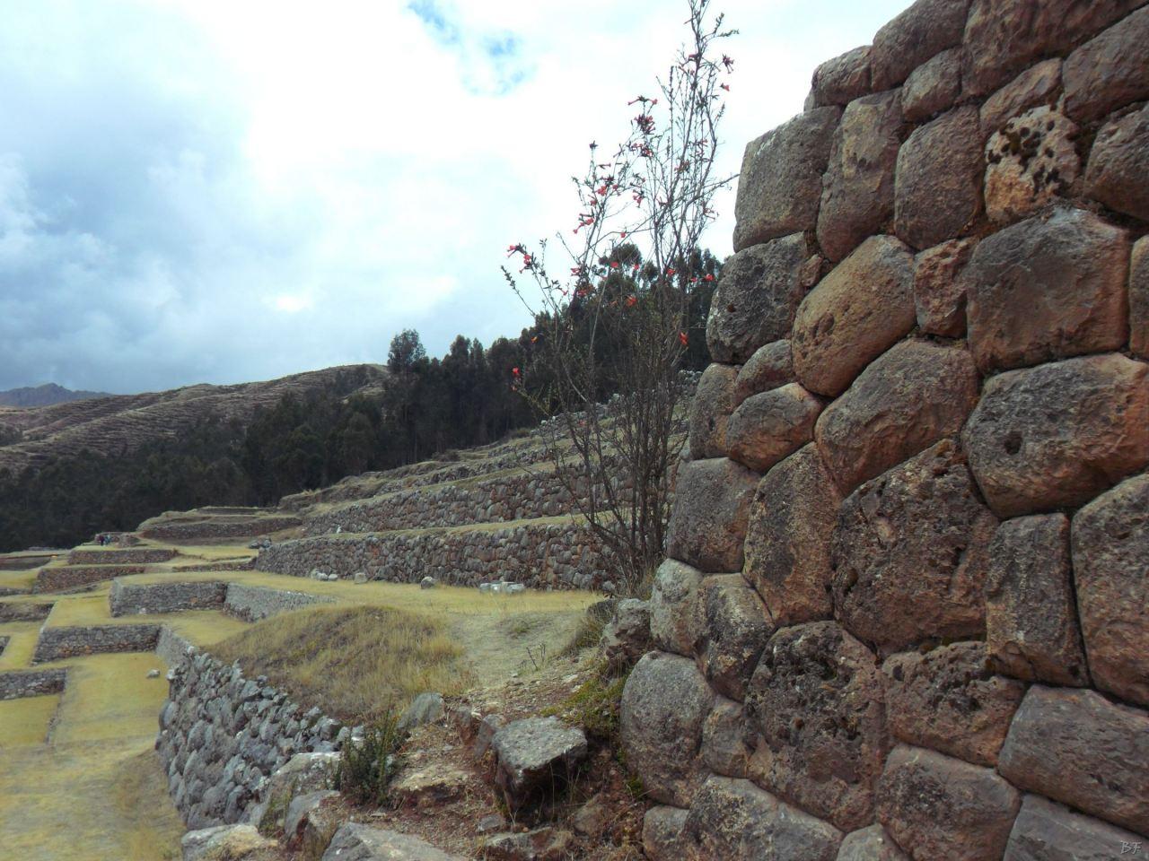Chinchero-Mura-Poligonali-Piramide-Urubamba-Peru-86