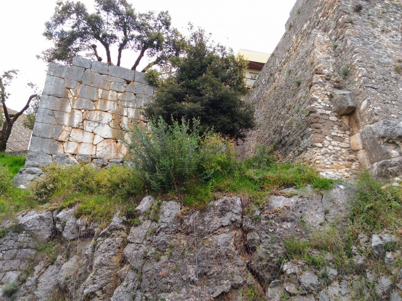 Cora-Mura-Poligonali-Megalitiche-Cori-Latina-Lazio-Italia-9