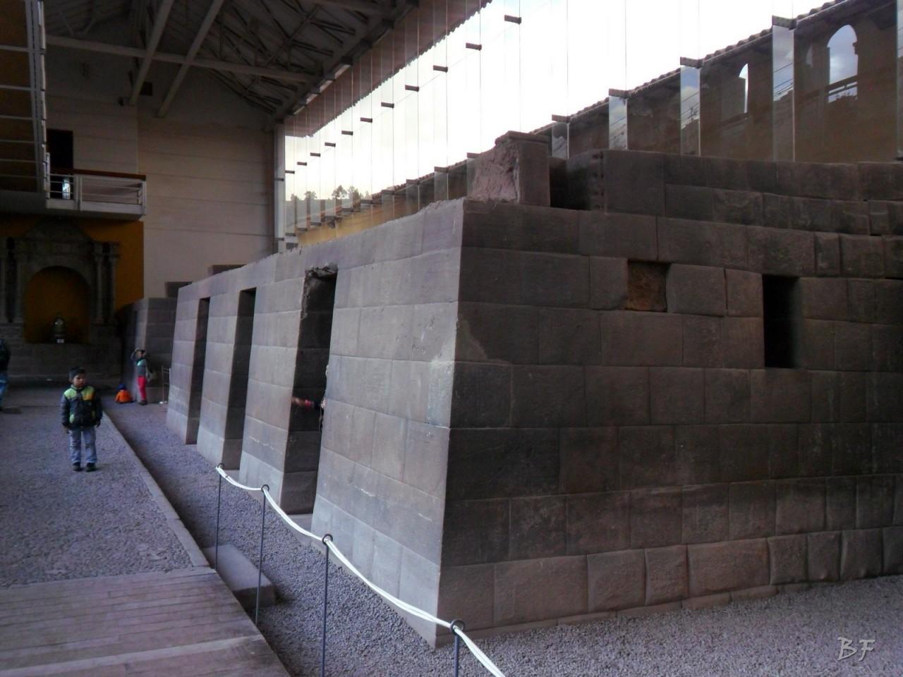 Mura-Poligonali-Megaliti-Tempio-Coricancha-Cusco-Perù-42