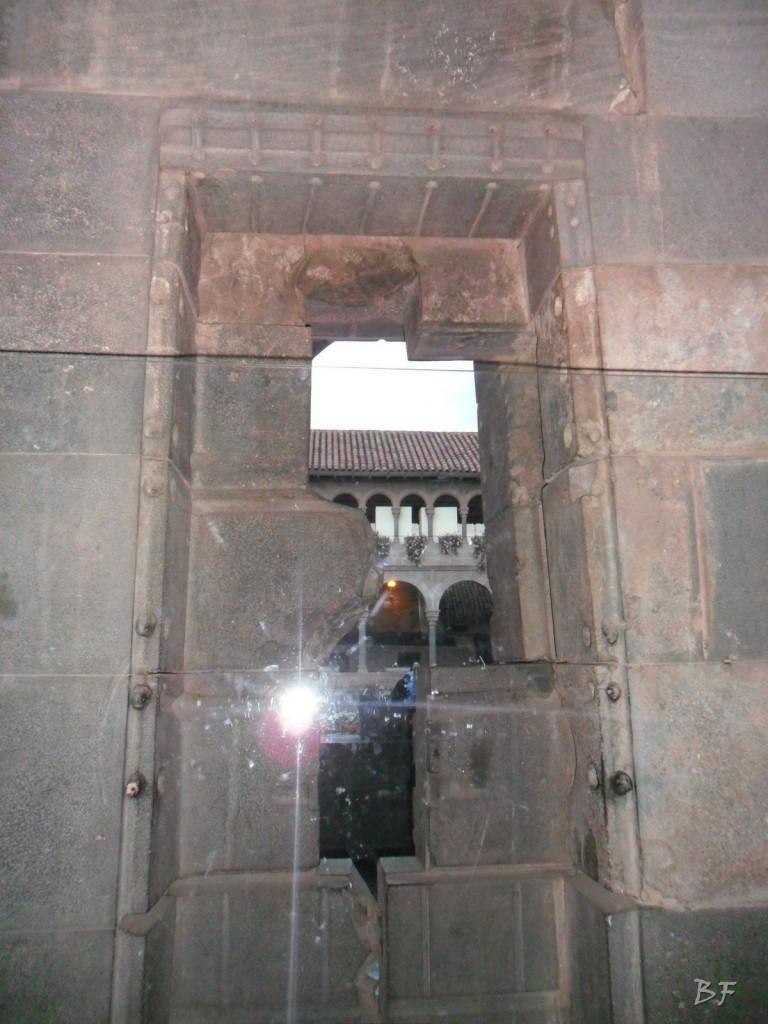 Mura-Poligonali-Megaliti-Tempio-Coricancha-Cusco-Perù-55