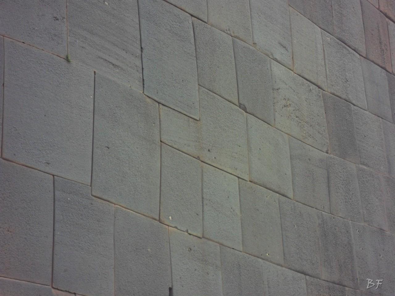 Mura-Poligonali-Megaliti-Tempio-Coricancha-Cusco-Perù-6