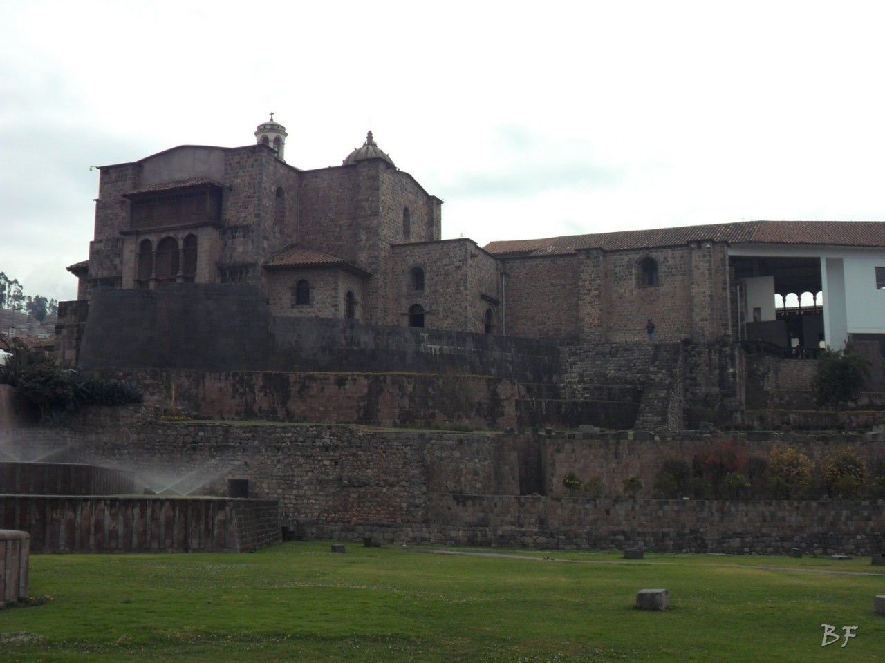 Mura-Poligonali-Megaliti-Tempio-Coricancha-Cusco-Perù-65