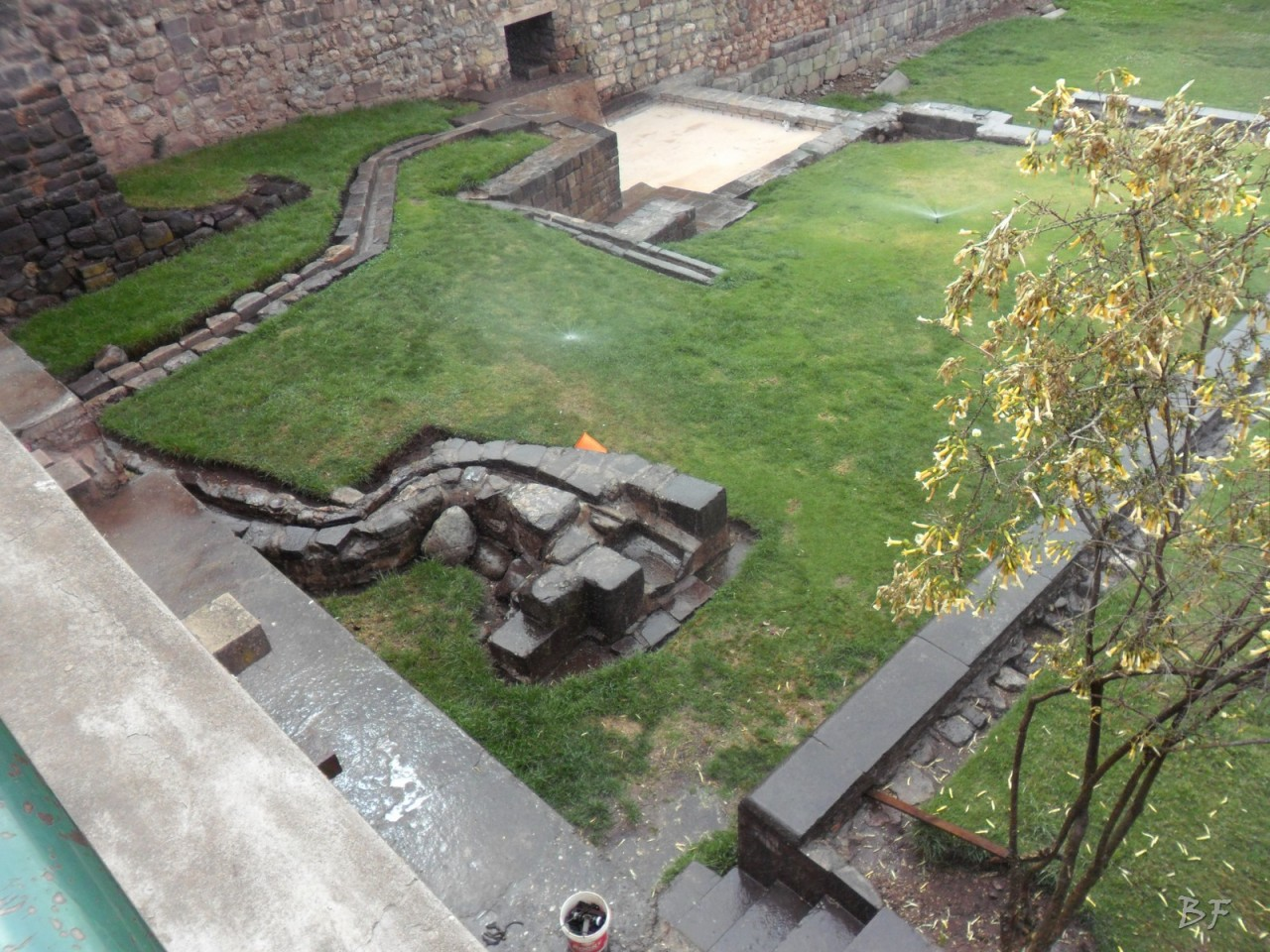 Mura-Poligonali-Megaliti-Tempio-Coricancha-Cusco-Perù-66