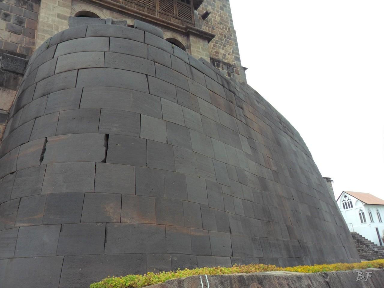 Mura-Poligonali-Megaliti-Tempio-Coricancha-Cusco-Perù-8
