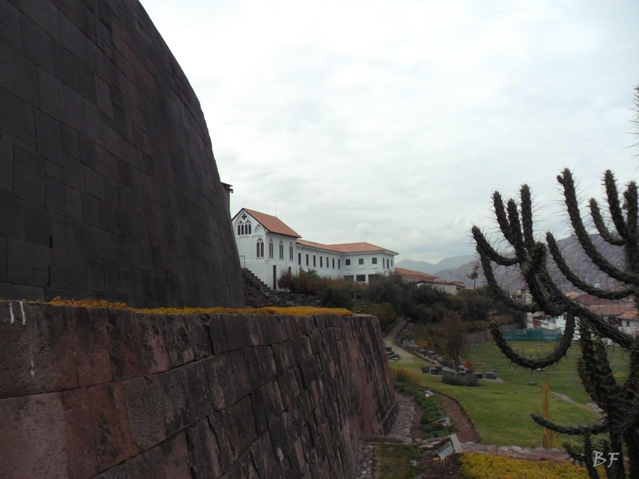 Mura-Poligonali-Megaliti-Tempio-Coricancha-Cusco-Perù-9