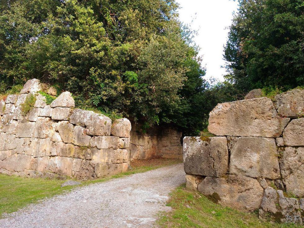 Cosa-Mura-Megalitiche-Ansedonia-Grosseto-Toscana-Italia-1