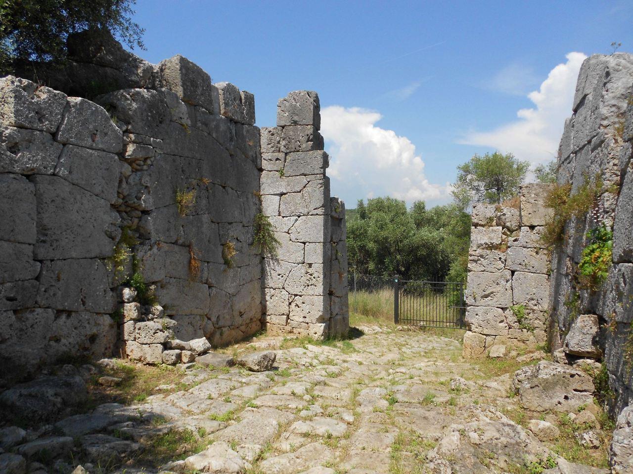 Cosa-Mura-Megalitiche-Ansedonia-Grosseto-Toscana-Italia-20